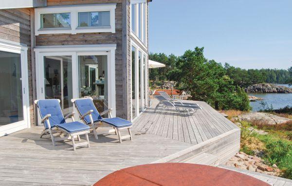 ferienhaus schweden 6 personen mellerud ferienhaus schweden. Black Bedroom Furniture Sets. Home Design Ideas