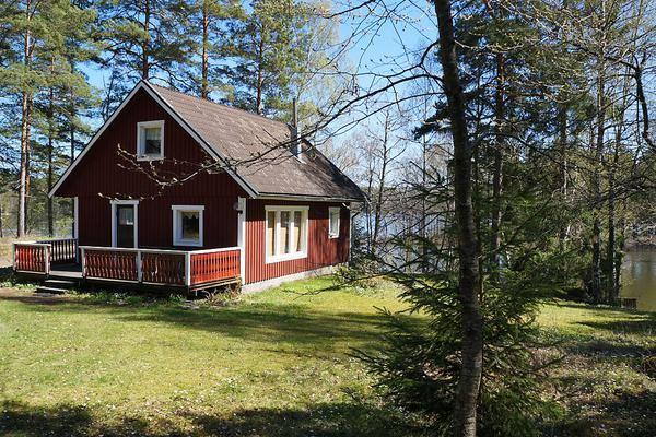 ferienhaus schweden mit boot f r 4 personen in porsn s ferienhaus schweden. Black Bedroom Furniture Sets. Home Design Ideas
