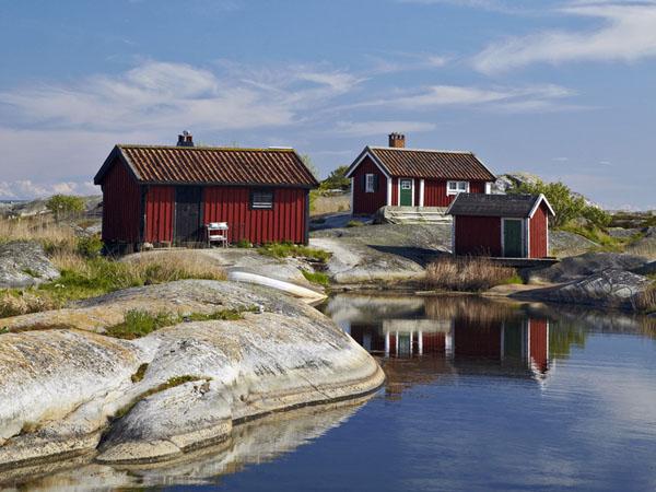 ein ferienhaus an der sch renk ste vor stockholm mieten ferienhaus schweden. Black Bedroom Furniture Sets. Home Design Ideas